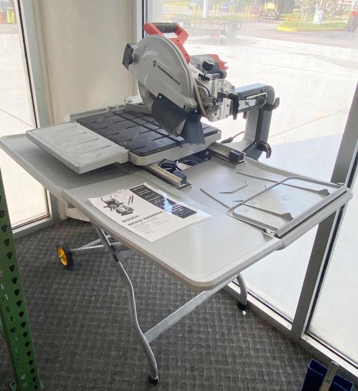diamondback 10 tile table saw with stand