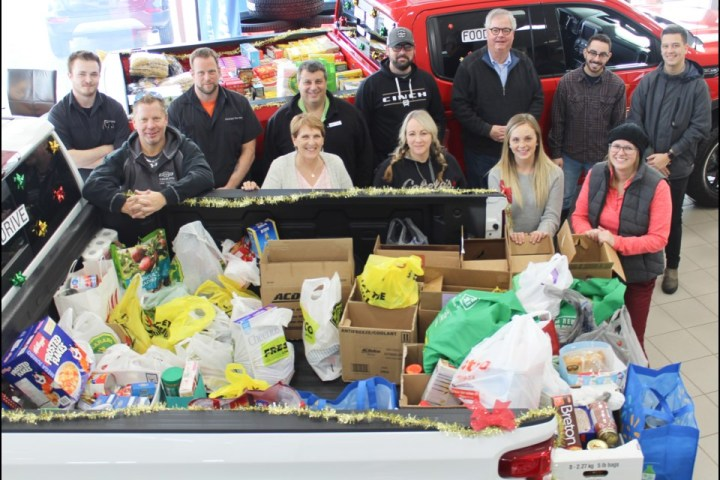 jim wilson dealership donates to Sharing Place Food Centre