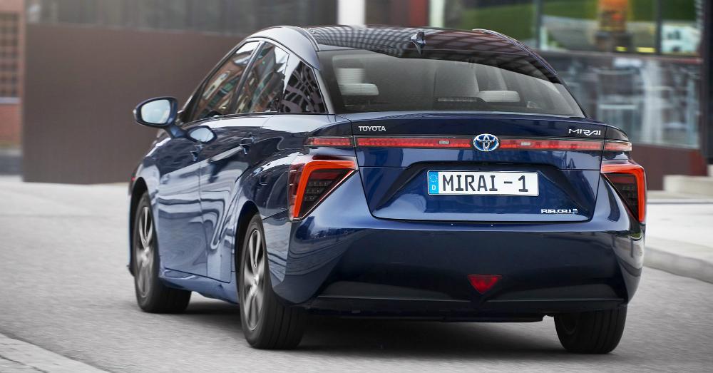 12.19.16 - Toyota Mirai