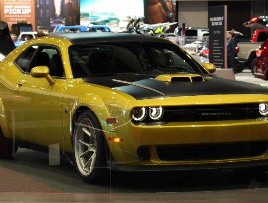 Muscle Car - Rise Up with the Dodge Challenger