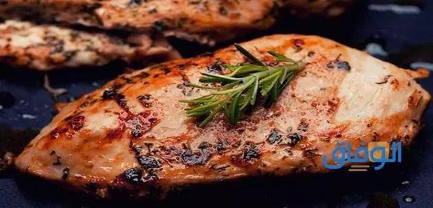 اكلات بصدور الدجاج المخلية