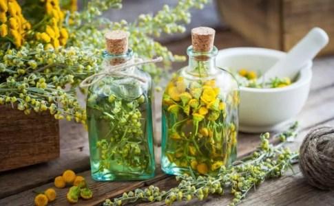 علاج الدمامل دون رأس بالأعشاب