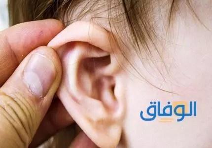 اعراض تعب الاذن الوسطى