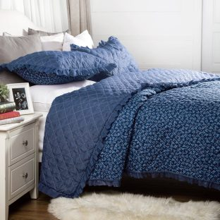 Flowers-Quilts-Dimaond-Stiching-Coverlet-Set 2