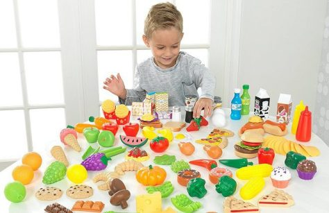 KidKraft-Tasty-Treats-Play-Food-Set1