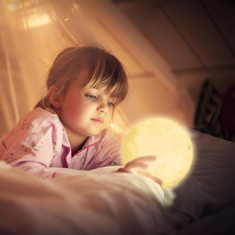 moon-lamp.jpg