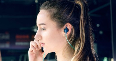 Amazon: Bluetooth Waterproof Wireless Earbuds Only $9.99