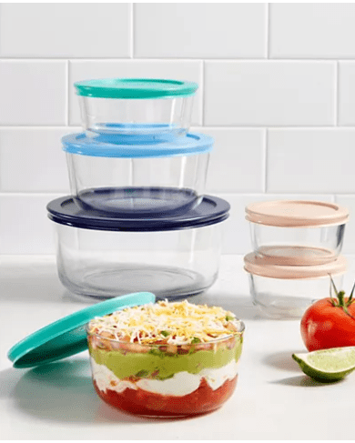 Macy's : Pyrex 12-Pc. Storage Set for $14.99 (reg: $48) (Today Only) + Free Store Pickup