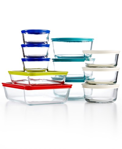 MACY'S: Pyrex Glass Food Storage Sets From $14.99 – ONLY $2.50 per Container!