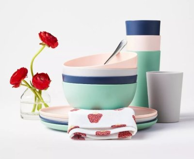 TARGET: Room Essentials Dinnerware ( Various Styles) From $0.79 +Free Shipping On Orders $35+