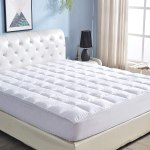 AMAZON: Queen Mattress Pad Topper Cover for $21.90 Shipped! (Reg. Price $72.99)