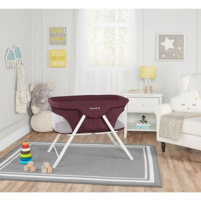 Walmart: Dream On Me Traveler Portable Bassinet For $55.89 (Reg $90.53)