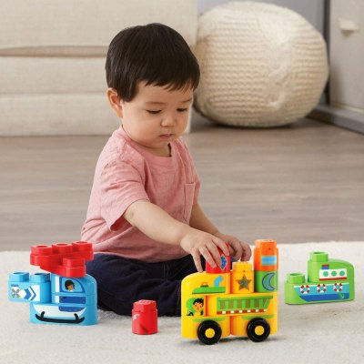 Amazon: LeapFrog LeapBuilders Soar and Zoom Vehicles 22-Piece Set ONLY $5.35