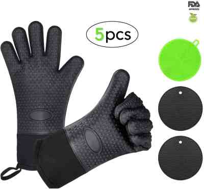 Amazon: 5Pcs Silicone Oven Mitts & Potholders $7.99 (Reg. $20)