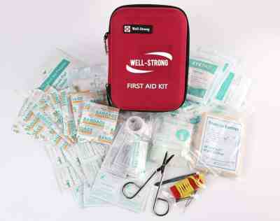 Amazon: WELL-STRONG First Aid Kit For $10.99 (Reg $21.99)