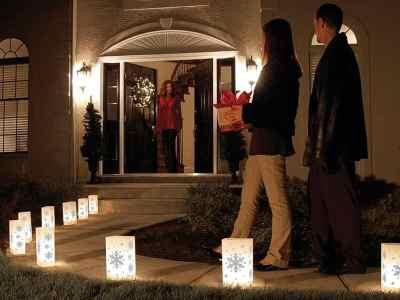 Wayfair: Snowflake 10 Light Luminary & Pathway Lights (Set of 10) Now $39.99