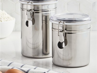 Macy's: 2-Pack Martha Stewart Collection Essentials Food Storage Canisters For $7.99 (Was $22) + Store Pickup.