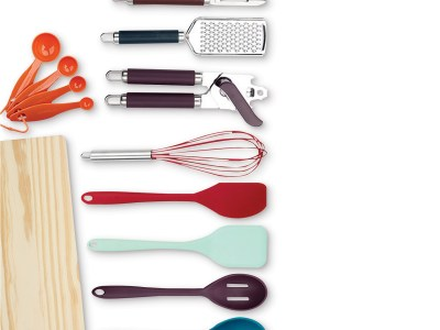 Macy's: 22-Pc. Kitchen Gadget Set Now $19.99 (Reg $64.99)