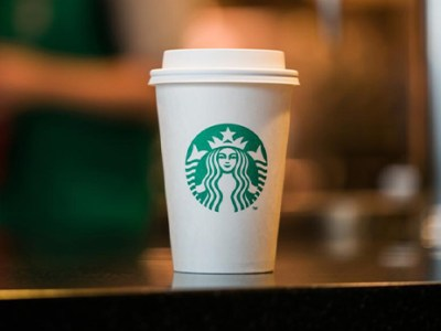 Starbucks: Free Coffee for a Month for Frontline Workers