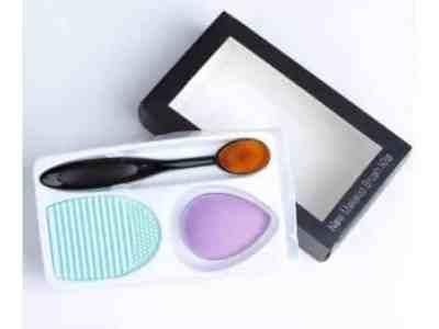 Amazon: Makeup Sponge Blender and Brush Cleaner for $5.99 (Reg. Price $11.98) after code!