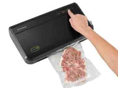 Walmart: FoodSaver Vacuum Sealing System, Just $119.99 (Reg $145.00)