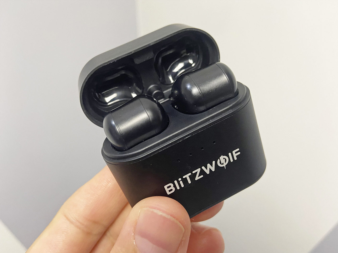 The Blitzwolf BW-FYE9 Review!