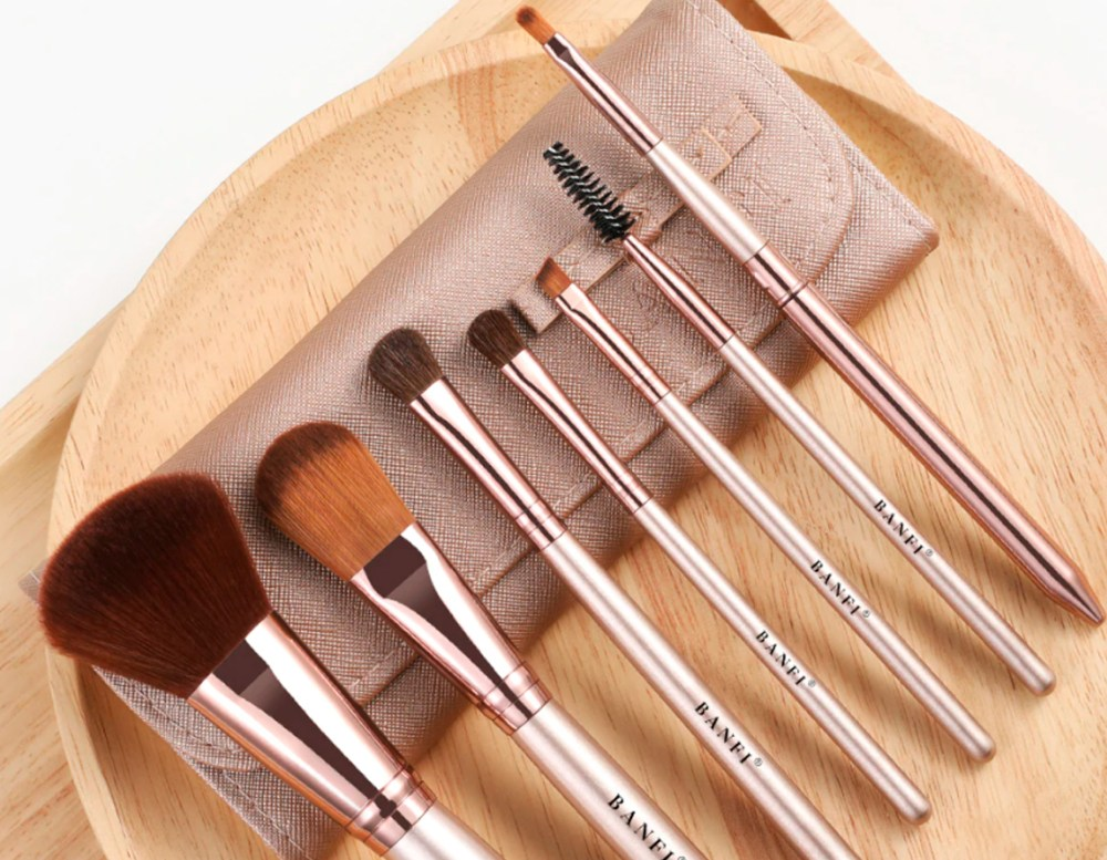 Top 10 best and cheapest makeup brushes from AliExpress