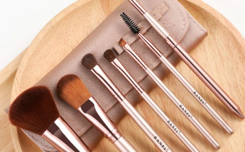 Top 10 good and cheap makeup brushes from AliExpress