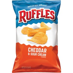 Ruffles Cheddar Cheese and Sour Cream Flavoured Potato Chips 184g