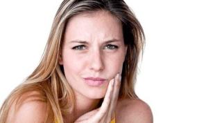 Clinching Teeth