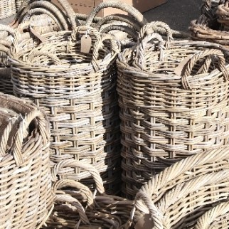Log baskets and carriers