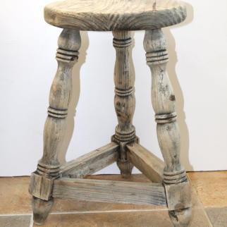 Milking stool H47cm x W35cm x D30cm