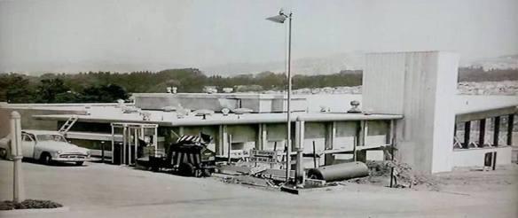 Joe's of Westlake under construction, 1956