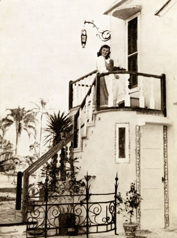 """Orange Juice and Coffee Served in your Room before Breakfast"" - historic photo by State Archives of Florida, Florida Memory site"