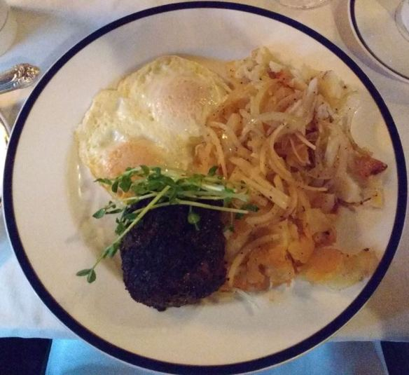 Pacific Dining Car steak 'n eggs