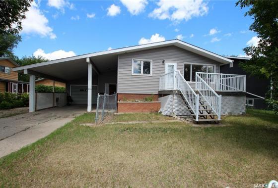 $135,00099 Smith STREET WYorkton, Saskatchewan S3N 0J5