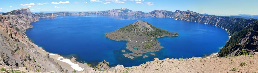 Crater Lake National Park – That Deep Blue Lake Takes Your Breath Away!