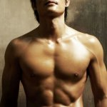 lee-byung-hun-shirtless