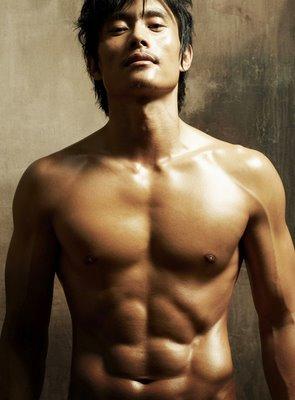 lee-byung-hun-shirtless