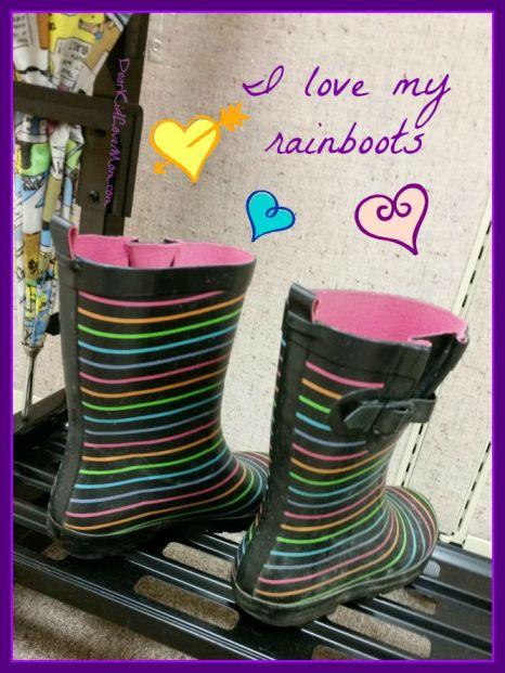 I love my rainboots. DearKidLoveMom.com