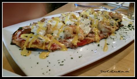 Dinner at DD Flats. Learning to speak Standard Restaurant Arrival Banter. DearKidLoveMom.com