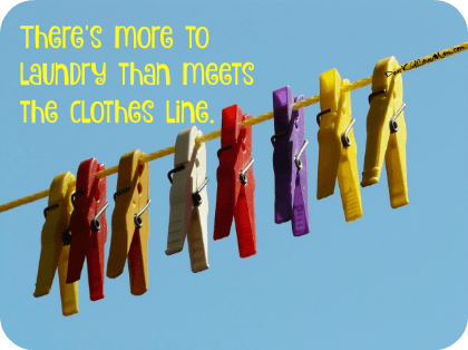 Laundry in college is .... well, there's a lot of info to share. DearKidLoveMom.com