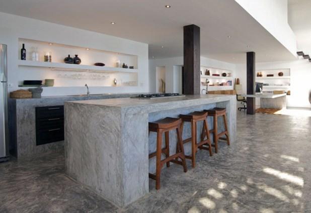 una cucina in cemento