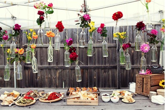 surprise-backyard-picnic-wedding-diy-centerpieces-580x386