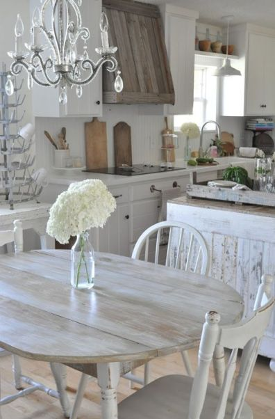 04-distressed-and-whitewashed-kitchen-furniture