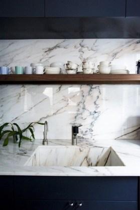 elizabeth-roberts-ensemble-marble-sink