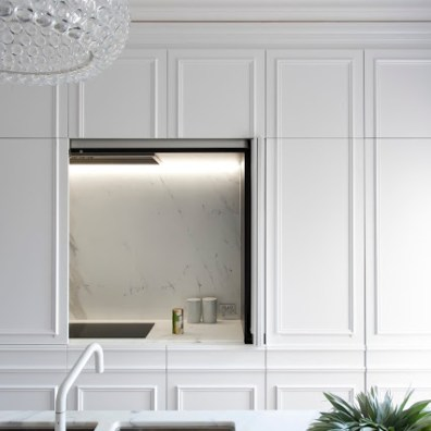 minosa-white-kitchen-parisioan-hand-made-door-calcutta-marble-block-herringbone-tongue-groove-hidden-kitchen-design-provisial-woollahra-design-award-kbdi-2015-01 (1 (6)