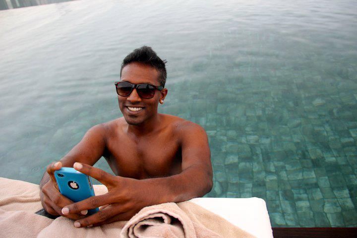 Bhas topless phone