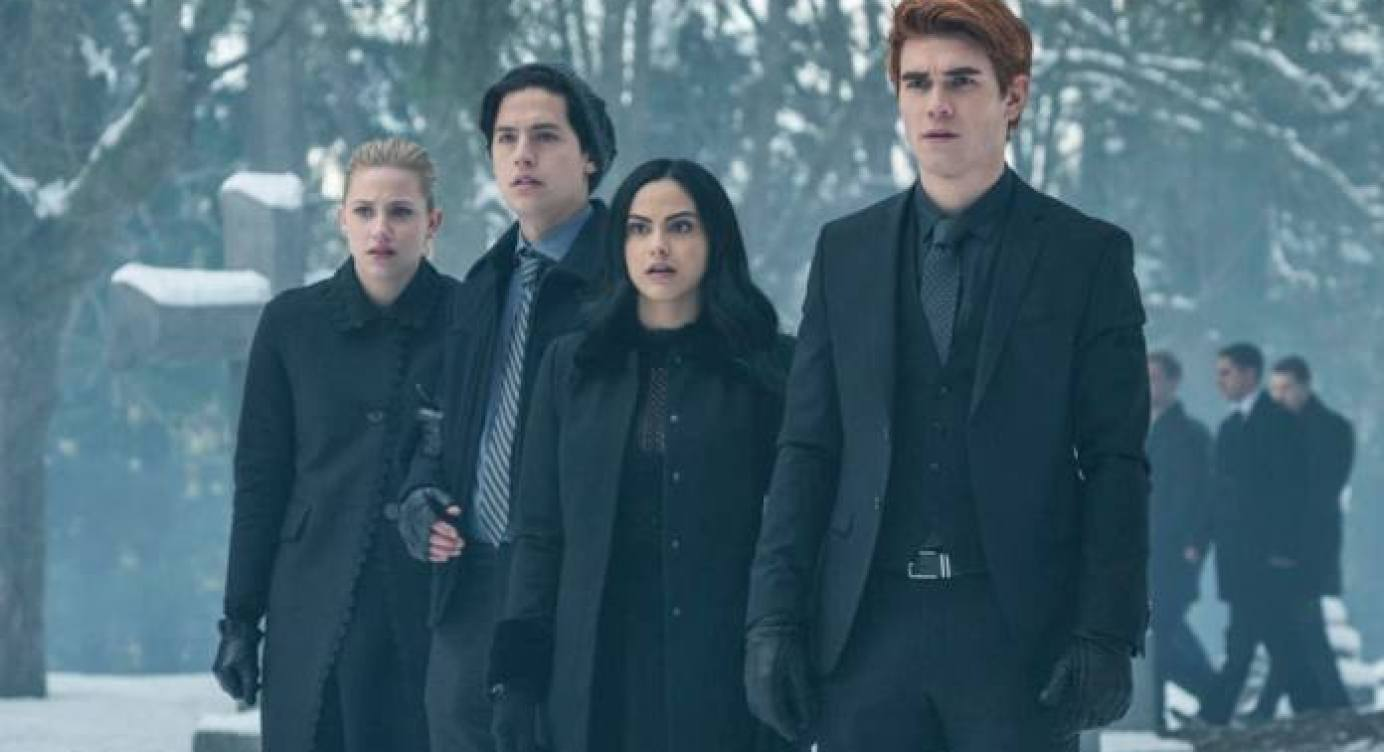 Veronica Married to Chad Gekko? Production on Riverdale Season 5 has begun, Time Jump Confirmed
