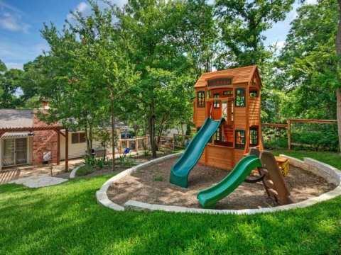 garten für kinder gestalten kinder spielplatz im hinterhof bauen -  ideen für
